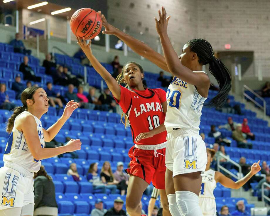 The Lamar Lady Cardinals headed to Lake Charles to take on the McNeese Cowboys on February 1, 2020. Fran Ruchalski/The Enterprise Photo: Fran Ruchalski/The Enterprise / 2019 The Beaumont Enterprise