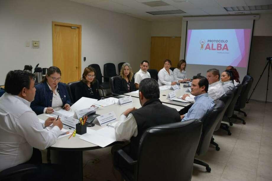El Grupo Técnico de Colaboración del Protocolo Alba (GTCPA), sesionó para instalar el Protocolo Alba, que está constituido por nueve dependencias cuyo fin es dar una respuesta rápida en la búsqueda de mujeres y niñas reportadas como desaparecidas. Photo: Foto De Cortesía /Gobierno De Tamaulipas