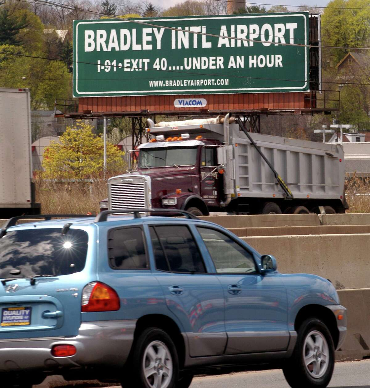 Hoping to meet a growing need for testing and increase travel, Bradley International Airport is offering a second COVID testing site, starting Nov. 23, 2020. Melanie Stengel/Register