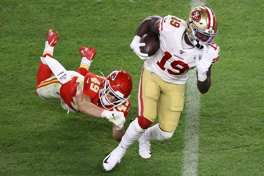 MIAMI, FLORIDA - FEBRUARY 02: Deebo Samuel #19 of the San Francisco 49ers runs with the ball against the Kansas City Chiefs during the third quarter in Super Bowl LIV at Hard Rock Stadium on February 02, 2020 in Miami, Florida. (Photo by Elsa/Getty Images) Photo: Elsa / Getty Images