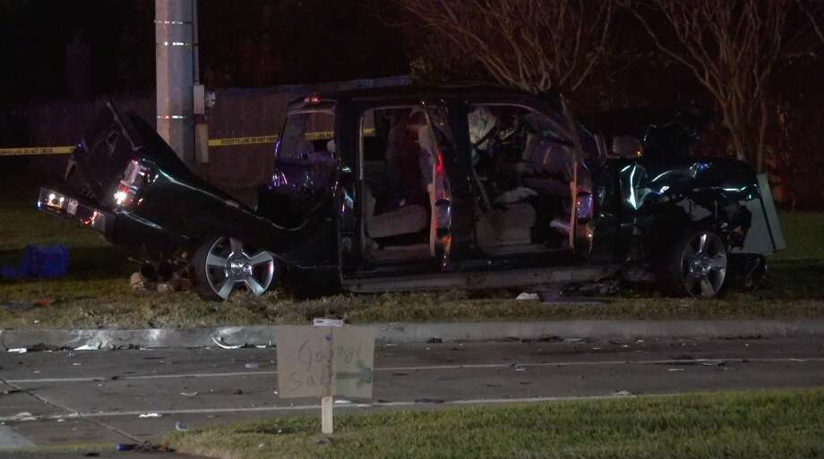 Harris County Sheriff's Office deputies investigate a deadly crash on Bammel North Houston Road at Champions Forest Drive on Sunday, Feb. 2, 2020. Photo: OnScene.TV