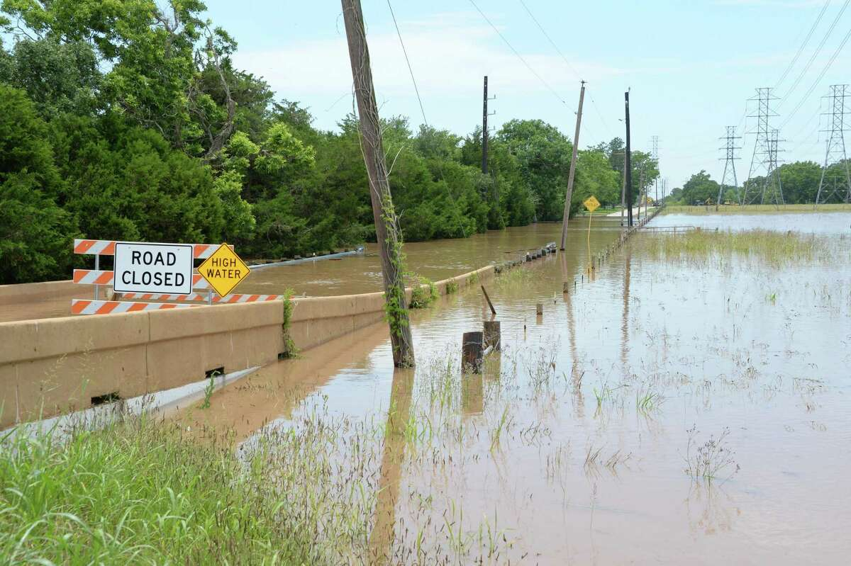 Baker Road at FM 723 closed due to high water from the Brazos River on May 30, 2016.