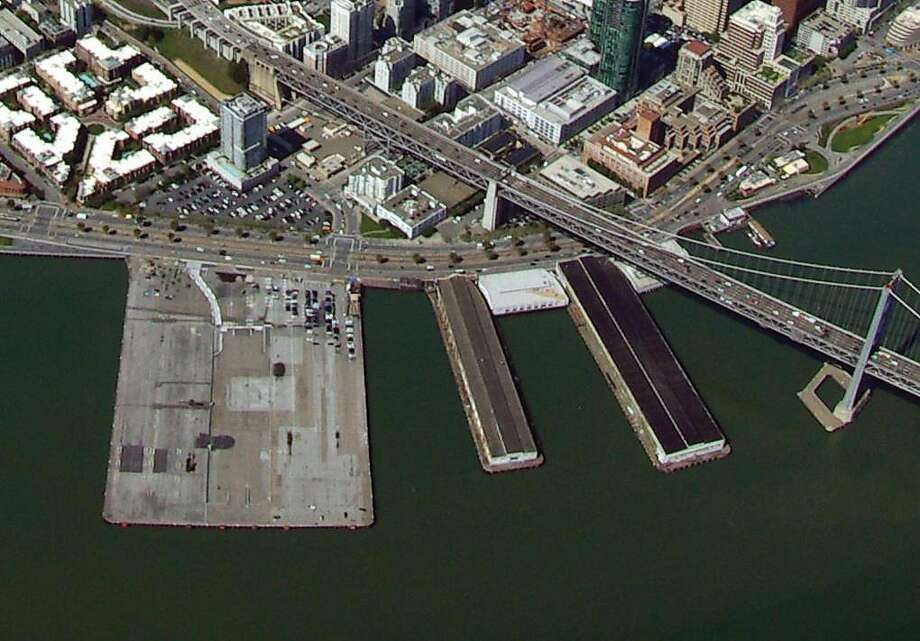 A new request for proposals has been issued as the Port of San Francisco seeks a developer for Piers 30-32, seen at left in this 2014 aerial photograph. Photo: Bob Ecker / Port Of San Francisco 2014