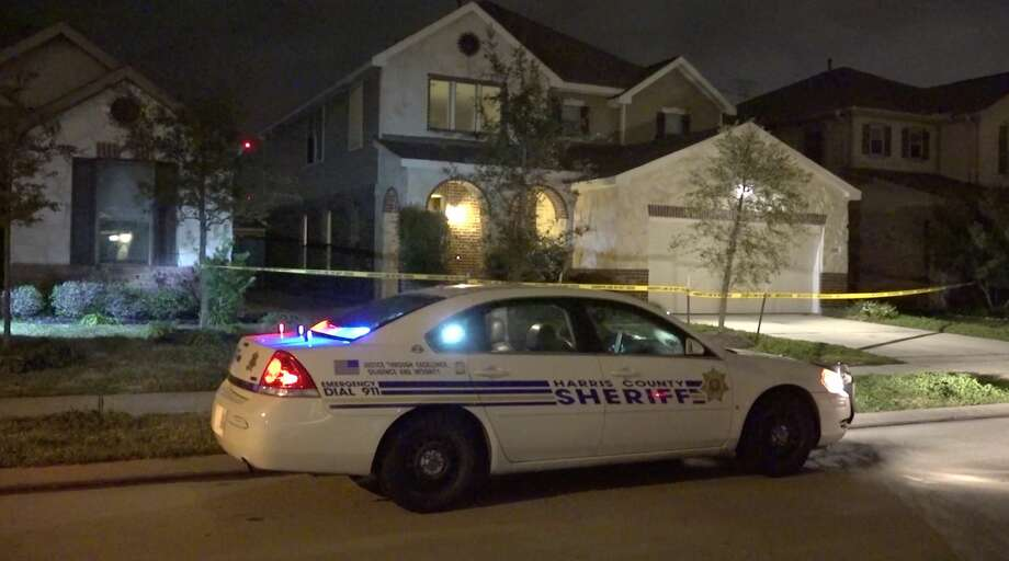 Harris County Sheriff's Office detectives investigate a shooting in the 22500 block of Auburn Valley Lane on Monday, Feb. 3, 2020. Photo: OnScene.TV