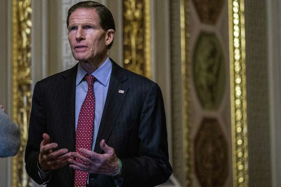 WASHINGTON, DC - JANUARY 31: Sen. Richard Blumenthal (D-CT) stands outside of the Senate Chamber during a recess in the Senate impeachment trial of U.S. President Donald Trump at the U.S. Capitol on January 31, 2020 in Washington, DC. On Friday, Senators are expected to debate and then vote on whether to include additional witnesses and documents. (Photo by Zach Gibson/Getty Images) Photo: Zach Gibson / Getty Images / 2020 Getty Images