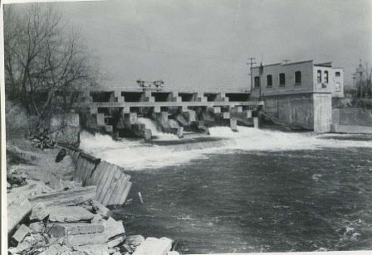 Beaverton Dam. May 1976