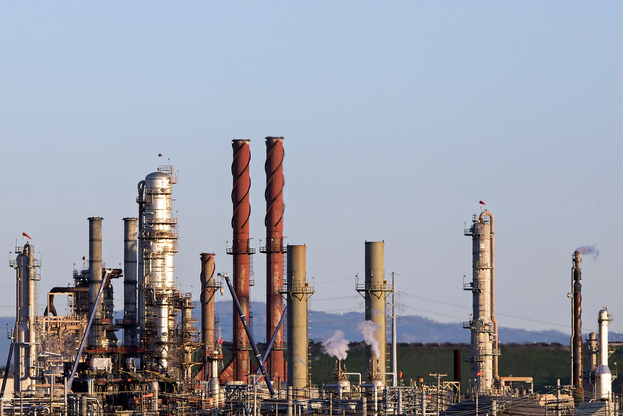 Chevron's Richmond facility experiences flaring