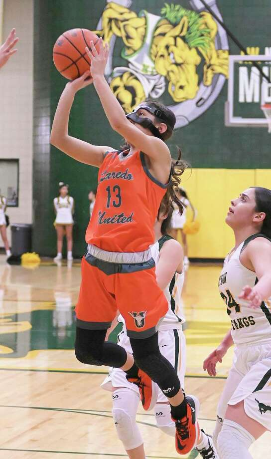 Elisa Peralta and United are attempting to earn the program's first trip to the regional finals as they face Converse Judson at 8 p.m. Friday in San Antonio at the Blossom Athletic Center. Photo: Danny Zaragoza /Laredo Morning Times File