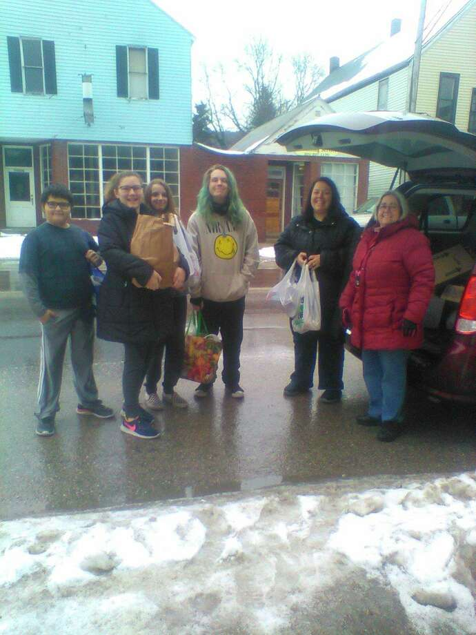 Benzie Central Middle School Student Council members drop off food to Benzie Food Partners. (Submitted photo)