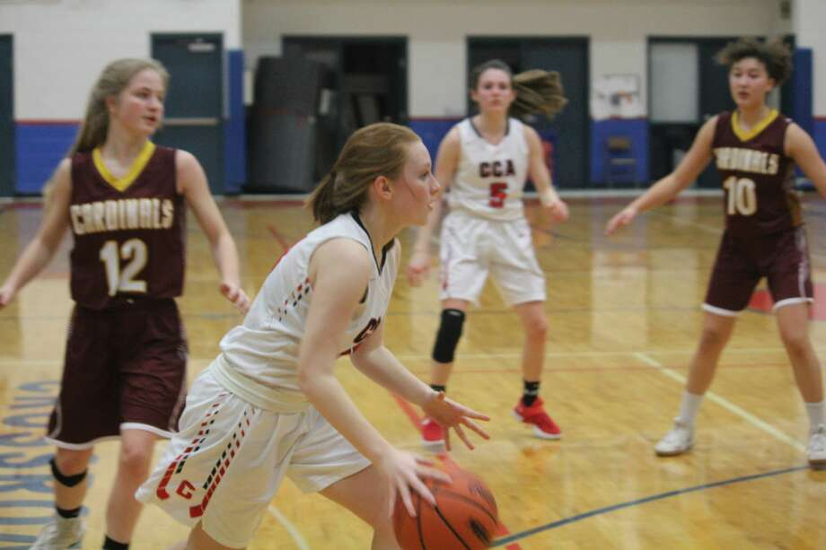 Mason County Eastern prevailed 24-22 over Crossroads girls on Tuesday Mason County Eastern prevailed 24-22 over Crossroads girls on Tuesday Photo: John Raffel