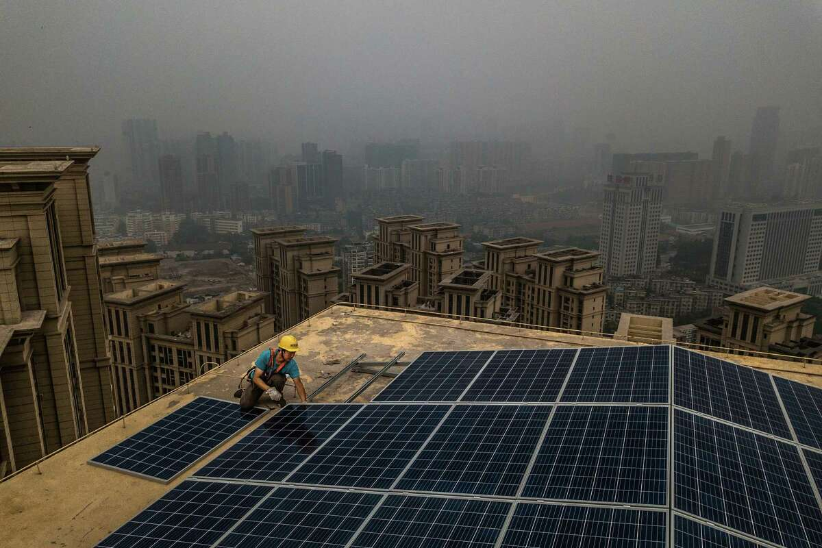 Another consequence of the outbreak of coronavirus: the flow of solar panels will likely be interrupted and prices will rise, according to a new study.