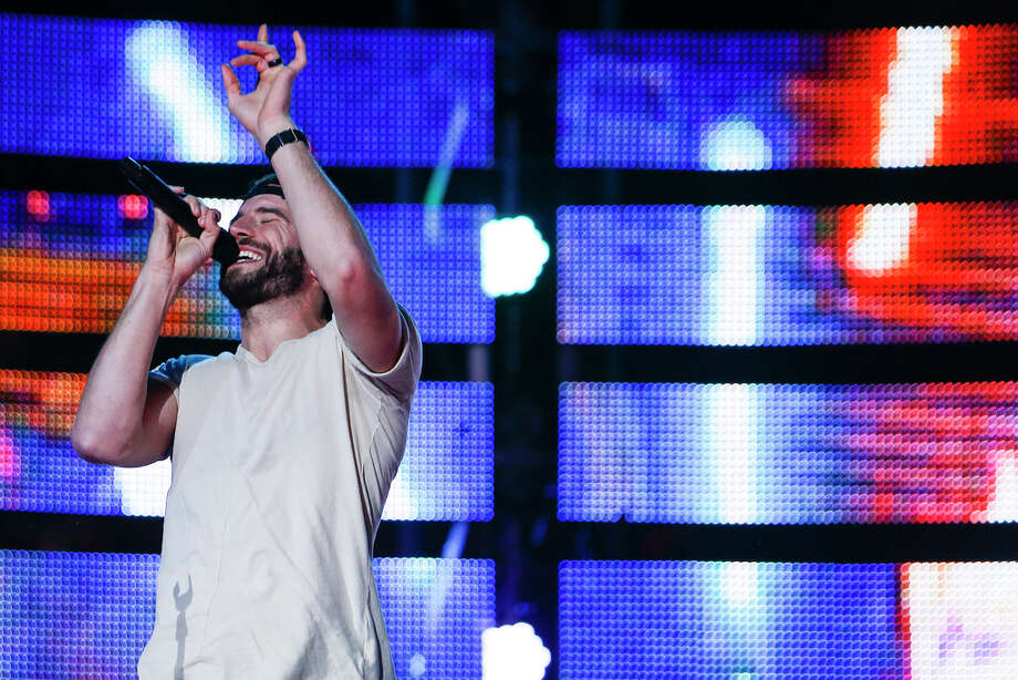 Sam Hunt performs at the Houston Livestock Show and Rodeo Monday, March 13, 2017 in Houston. Photo: Michael Ciaglo, Houston Chronicle / Michael Ciaglo