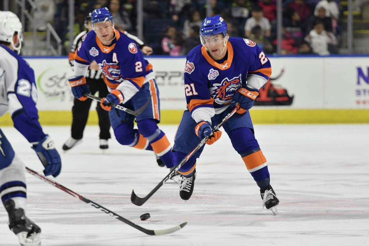 The Sound Tigers' Cole Bardreau (21) skates against the Syracuse Crunch on Wednesday, Feb. 5, 2020 at Webster Bank Arena in Bridgeport, Conn.