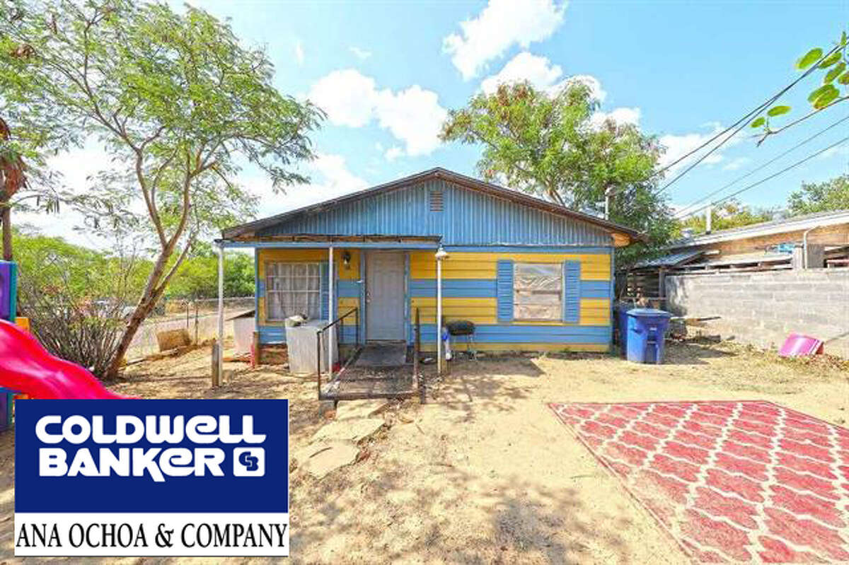 3102 Barrios St. Click the address for more information $110,000. SqFt lot 6,431. Year built 1974. Subdivision: Eastern Division School District: Laredo Zone: 04 S Eastern Division, W of Ejido St., between Wooster & Lomas Del Sur Blvd Great investment property! Both units currently leased. 2 Mobile homes are also currently leased and they will stay with the sale of the property Yael Rodriguez. Business: (956) 722-4822 Cell: (956) 693-8181, Yael.reodriguez@coldwellbanker.com