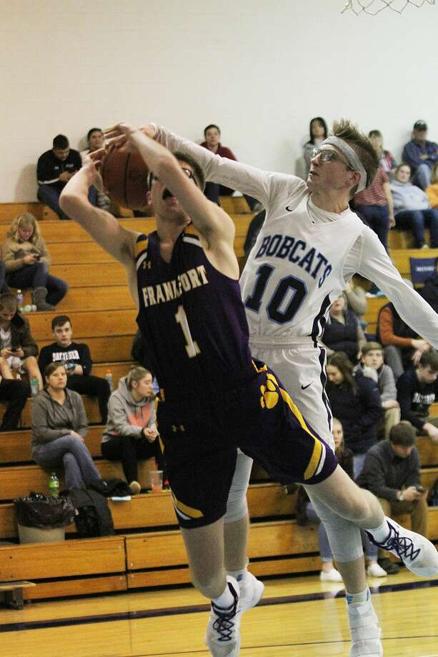 The Brethren boys basketball team fell to Frankfort on Wednesday, Feb. 5, 2020. Photo: Dylan Savela/News Advocate
