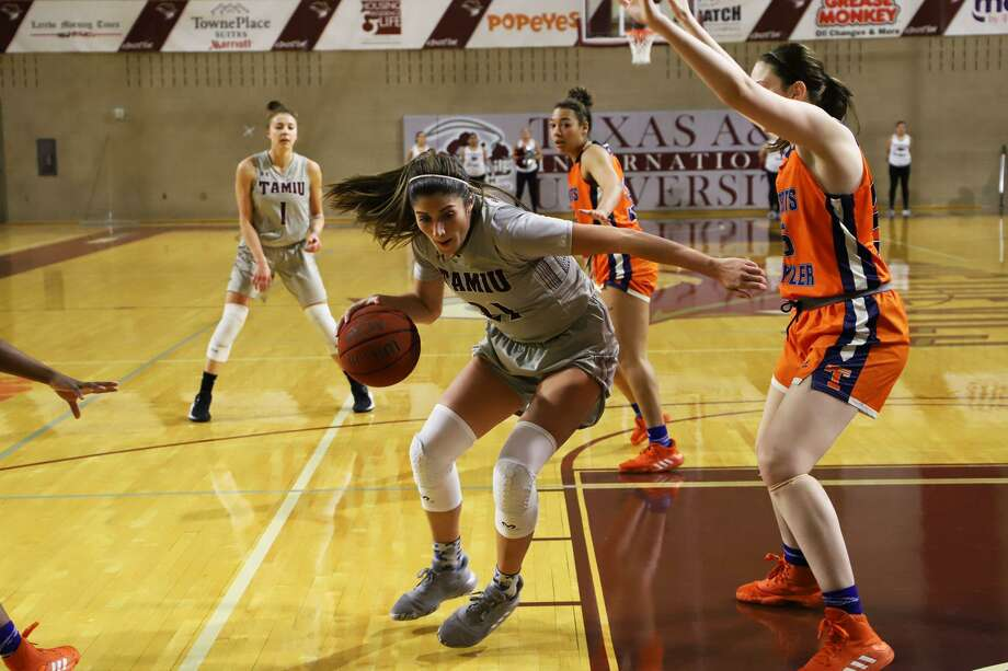 Christine Ortega and TAMIU host St. Edward's at 5:30 p.m. Thursday and face St. Mary's at 1 p.m. Saturday at the TAMIU KCB. Photo: Derly Moreno /TAMIU Athletics File