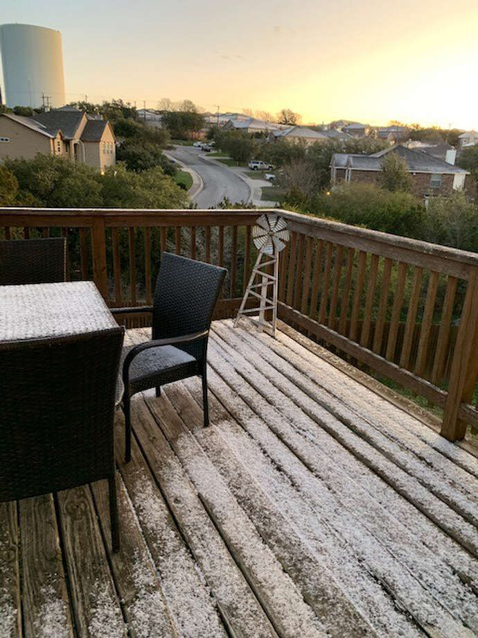 San Antonio saw a wintery mix Wednesday night. MySA readers shared photos of what they saw in their neighborhood. Photo: Jennifer Welk