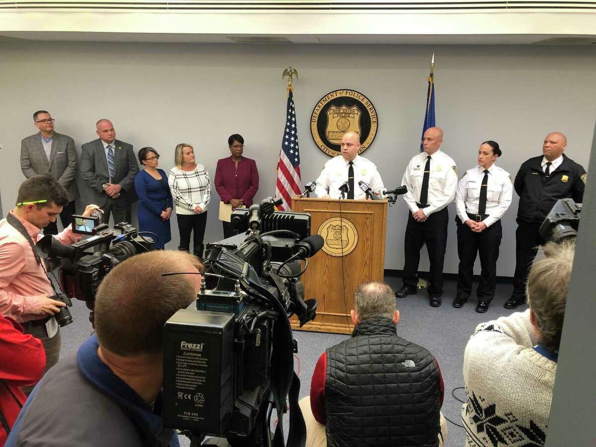 New Haven New Haven Police Chief Otoniel Reyes announces the department will begin distributing harm reduction kits.