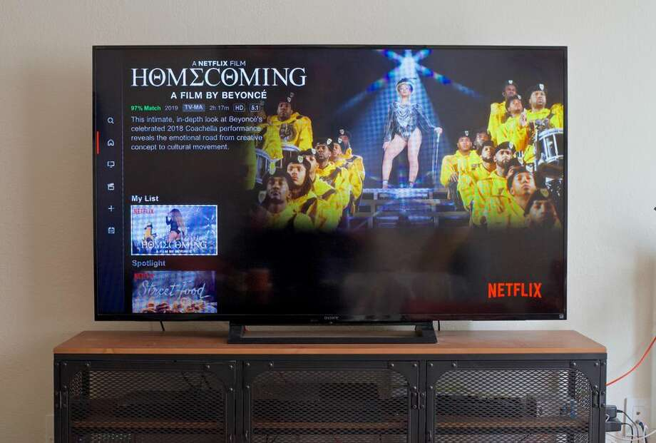 Netflix is finally letting us turn off autoplay previews. Photo: Patrick Holland/CNET