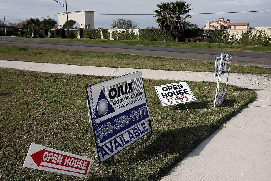"""The housing market in the Seattle area is starting off the year with record-low inventories, rising prices and signs pointing to a """"piping-hot market."""" Photo: Delcia Lopez, SAN ANTONIO EXPRESS-NEWS"""