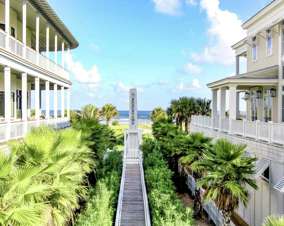 The tree-lined promenades and paved sidewalks inspire both residents and guests to leave their cars behind and walk or bike through the villages of Beachtown.