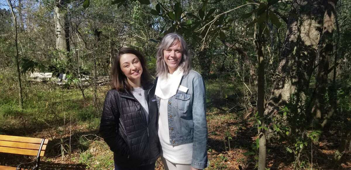 Bethany Foshée and Heather Sullivan at the Nature Discovery Center.