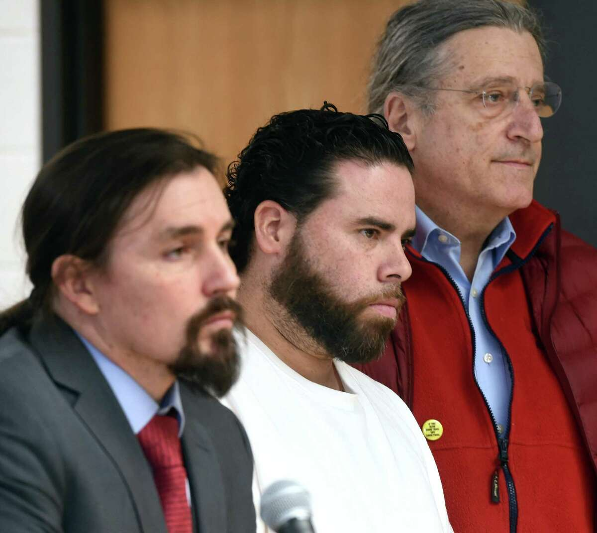 Jose Morales (center) appears for a bond hearing with attorneys Kevin Smith (left) and Norm Pattis at Derby Superior Courthouse on Thursday.