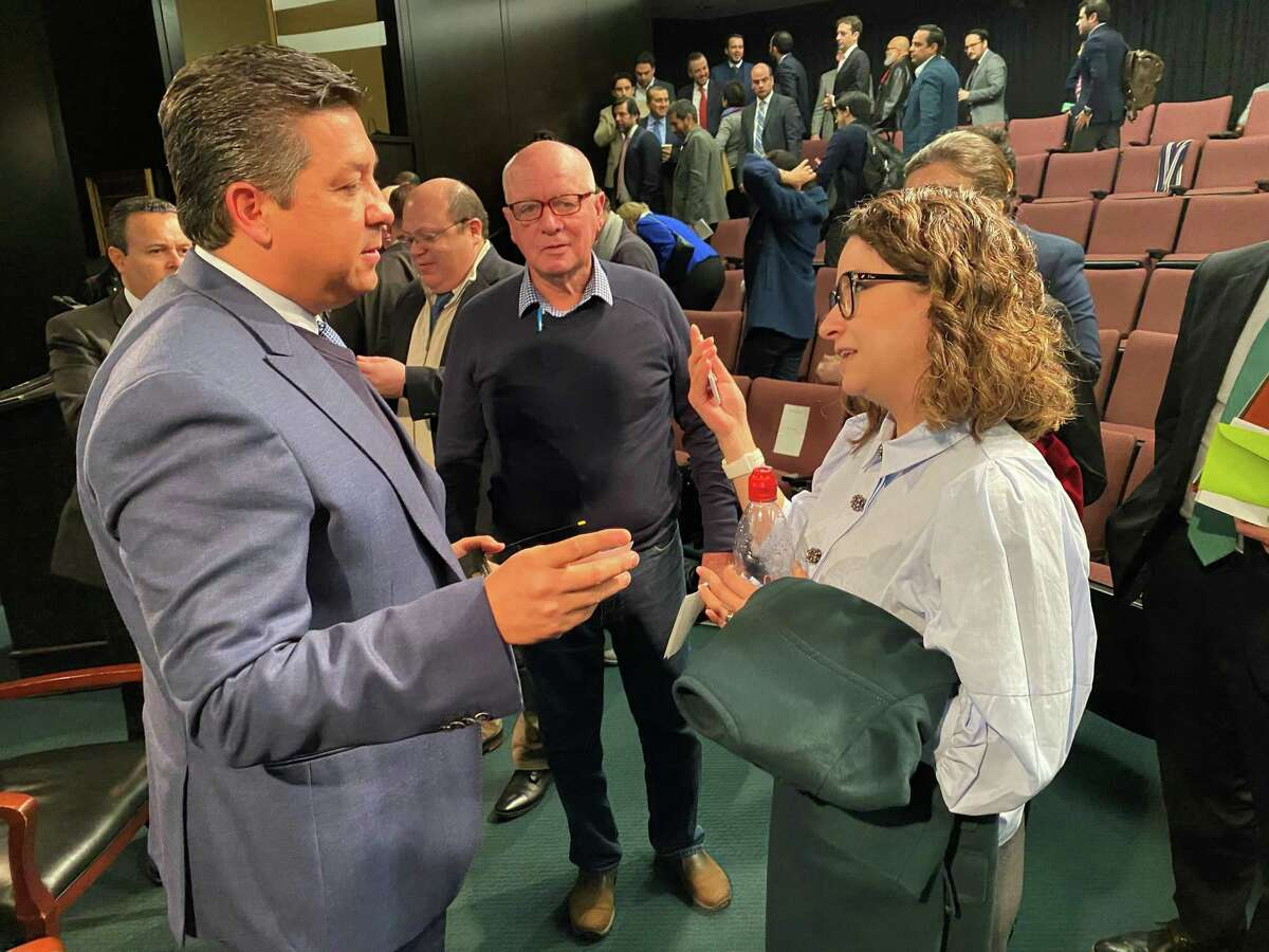 Tamaulipas Governor Francisco Garcia-Cabeza de Vaca speaks with members of Houston's business community following a Friday, February 7, 2020 event at Rice University's Baker Institute.