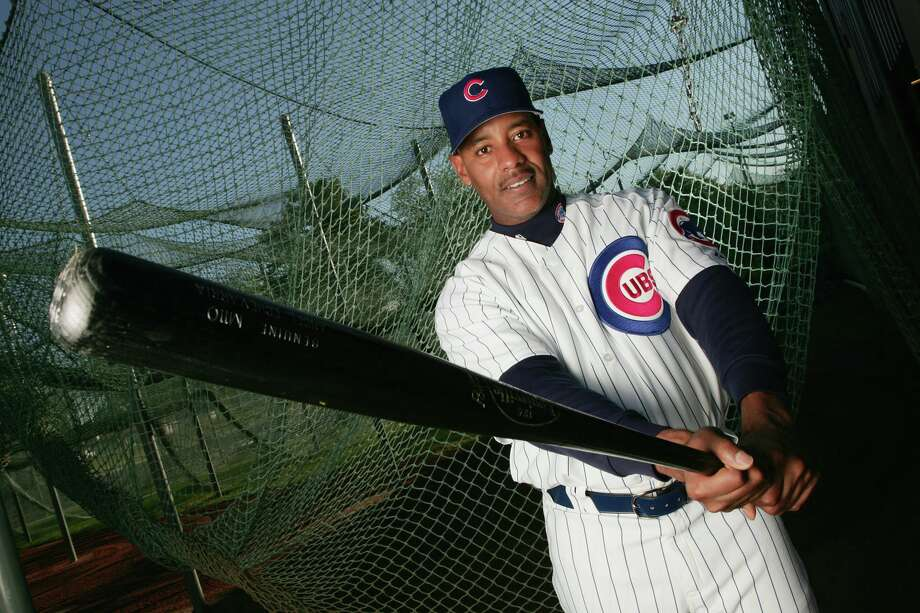 Former Chicago Cub and Bridgeport native Angel Echevarria died on Friday at the age of 48. Photo: Jed Jacobsohn / Getty Images / Getty Images