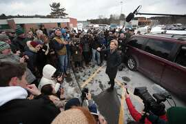 MANCHESTER, NEW HAMPSHIRE - FEBRUARY 08: Democratic presidential candidate Sen. Elizabeth Warren (D-MA) speaks to an overflow crowd at a canvas kickoff event with supporters at Manchester Community College on February 08, 2020 in Manchester, New Hampshire. The 2020 New Hampshire primary will take place on February 11, making it the second nominating contest for the Democratic Party in choosing their presidential candidate to face Donald Trump in the 2020 general election.  (Photo by Scott Olson/Getty Images)