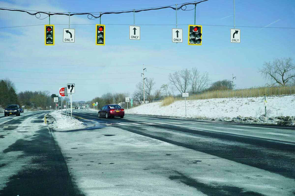 A view looking north on Interstate 787 near Tibbits Ave. on Sunday, Feb. 9, 2020, in Green Island, N.Y. (Paul Buckowski/Times Union)
