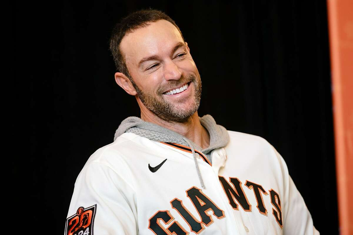 Giants manager Gabe Kapler has experience with nonprofits.