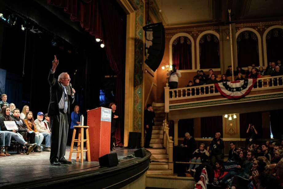 Sen. Bernie Sanders, I-Vt., speaks to supporters during a town hall in Rochester, N.H. Photo: Washington Post Photo By Salwan Georges / The Washington Post