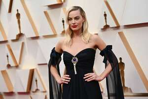 Australian actress Margot Robbie arrives for the 92nd Oscars at the Dolby Theatre in Hollywood, California on February 9, 2020. (Photo by Robyn Beck / AFP) (Photo by ROBYN BECK/AFP via Getty Images)