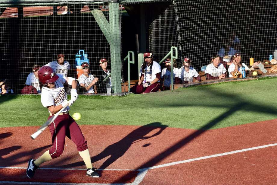 The Texas A&M International softball team ended the TAMUC/UT Tyler Invitational with a victory over Arkansas-Monticello. Photo: Courtesy Of TAMIU Athletics