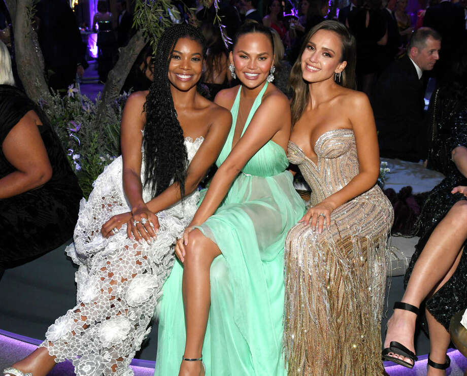 BEVERLY HILLS, CALIFORNIA - FEBRUARY 09: (L-R) Gabrielle Union, Chrissy Teigen, and Jessica Alba attend the 2020 Vanity Fair Oscar Party hosted by Radhika Jones at Wallis Annenberg Center for the Performing Arts on February 09, 2020 in Beverly Hills, California. (Photo by Kevin Mazur/VF20/WireImage) Photo: Kevin Mazur/VF20/WireImage / 2020 Getty Images and Vanity Fair