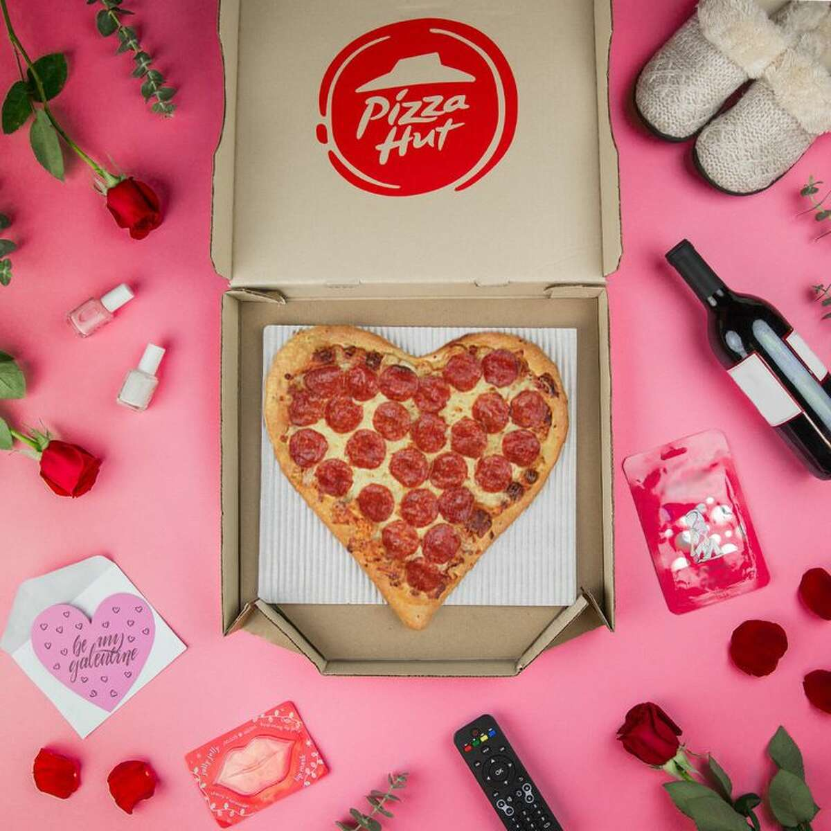 Where To Buy Heart Shaped Pizza For Valentine S Day 2020