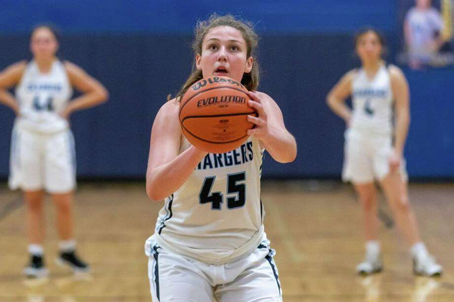 Duchesne Academy senior Cee Cee Van Pelt set the career scoring record in basketball in her final game, finishing with 1,511 points. Photo: Duchesne Academy Of The Sacred Heart / Duchesne Academy Of The Sacred Heart