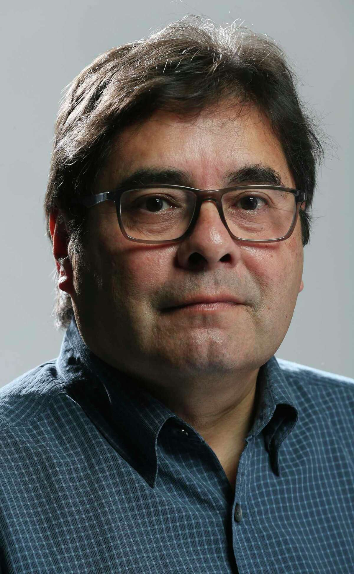 Jerry Lara.