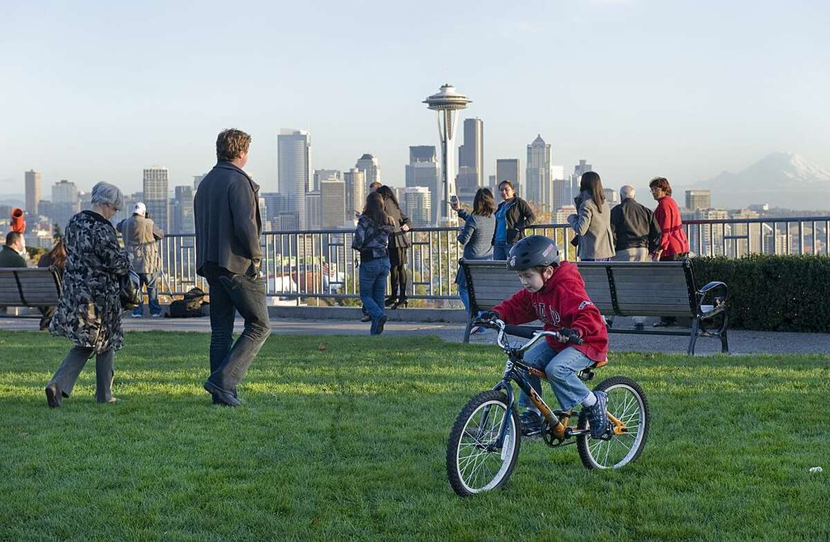 2. Seattle, WA: Bolstered by top scores for green spaces and fitness, Seattle was ranked the country's second healthiest city.