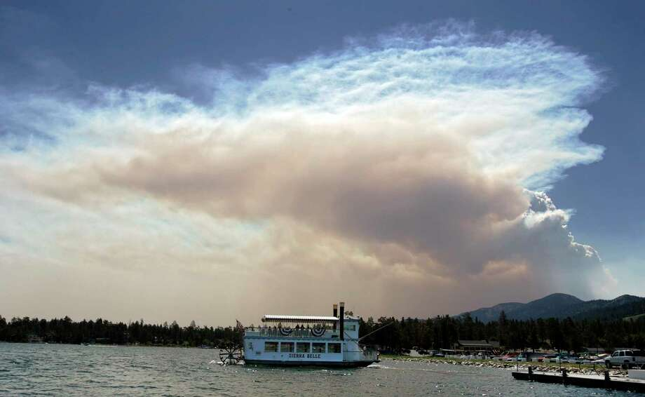 The Sierra Belle pulls away from the dock on Big Bear Lake in California. Photo: File / THE CHRONICLE