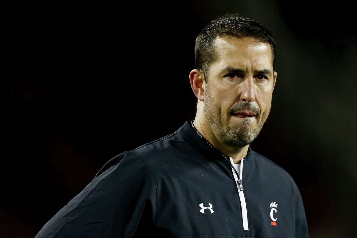 CINCINNATI, OH - NOVEMBER 10: Head coach Luke Fickell of the Cincinnati Bearcats looks on following the game against the Temple Owls at Nippert Stadium on November 10, 2017 in Cincinnati, Ohio. (Photo by Michael Reaves/Getty Images) ORG XMIT: 775056959