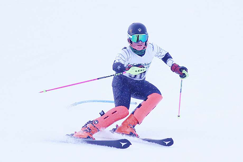 Kylar Thomas qualified for the Division 2 state finals in the slalom and giant slalom on Monday during Onekama's regional meet at Caberfae Peaks of Cadillac. Photo: Robert Myers/Pioneer News Network