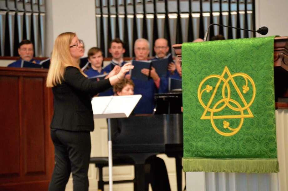 Director Megan Farison leadsthe MemorialPresbyterian Church Chancel Choir on Sunday, Feb. 9, 2020. (Mitchell Kukulka/Mitchell.Kukulka@mdn.net)