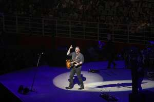 Cold weather couldn't keep the Chris Young fans from heating up the rodeo on a Monday night at the AT&T Center.