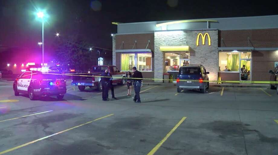 Houston police investigate a deadly shooting at a McDonald's in the 5400 block of Airline Drive on Monday, Feb. 10, 2020. Photo: OnScene.TV