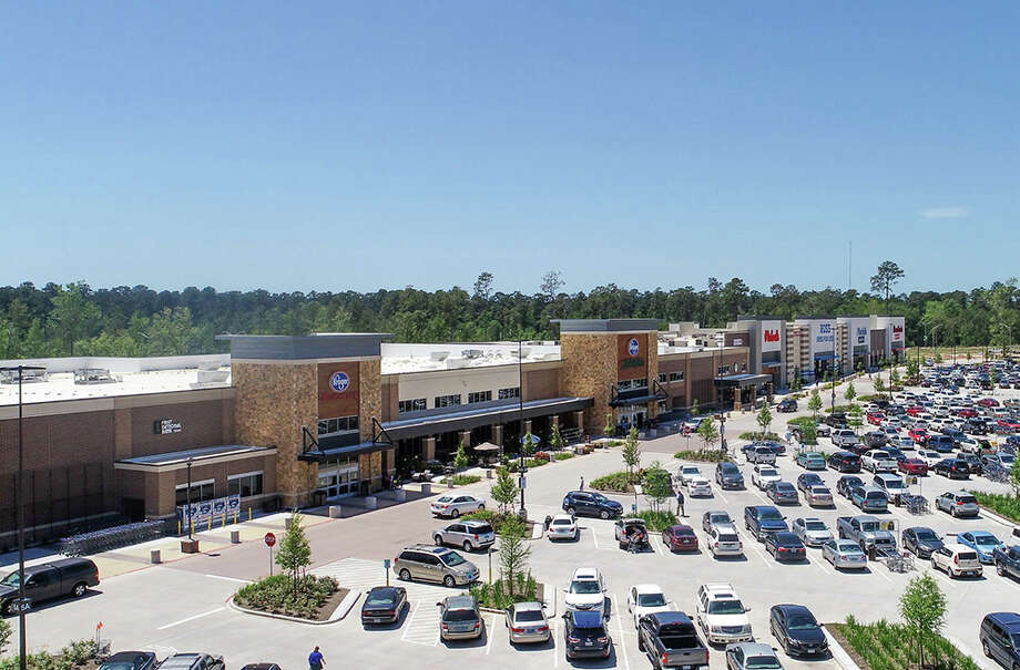 Fidelis Realty Partners obtained a loan to refinance its 336 Marketplace in Conroe. JLL arranged the loan through the Guardian Life Insurance Company of America. Photo: JLL