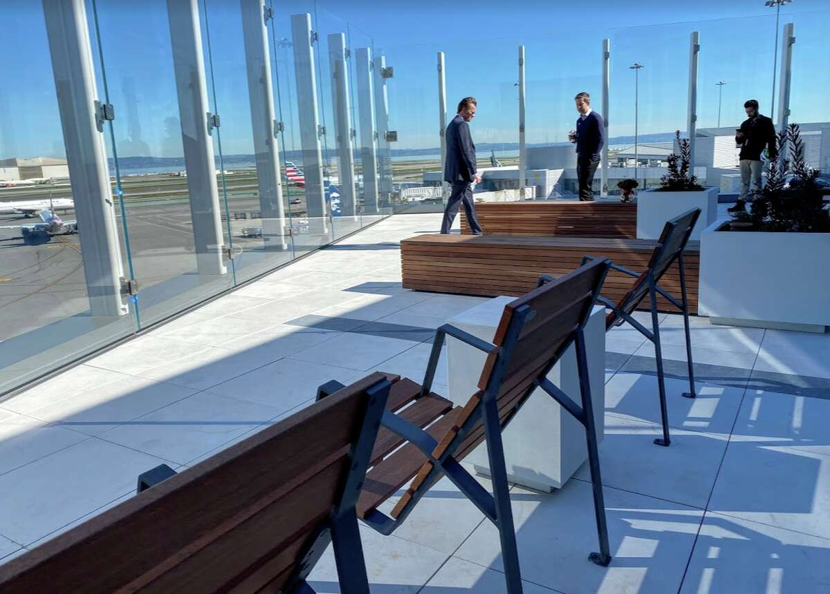 SFO's new Sky Terrace on the roof of Terminal 2