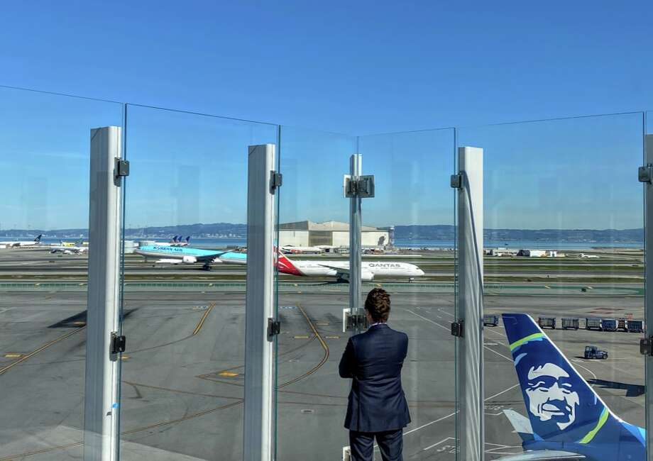 Taking in the monumental views at SFO's new Sky Terrace on the roof of Terminal 2 Photo: Chris McGinnis