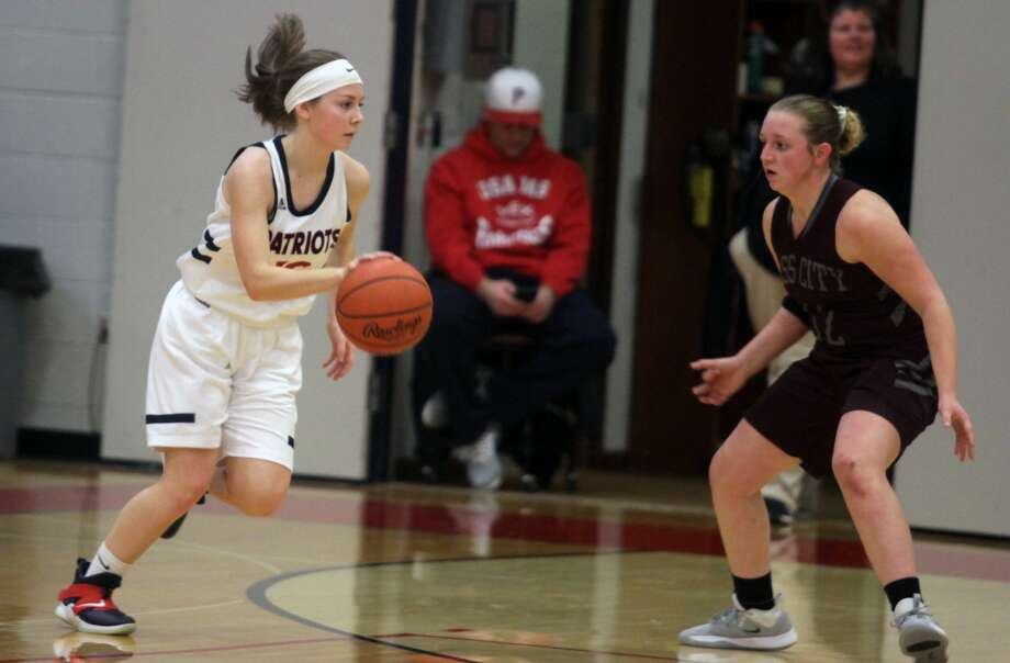 The USA girls basketball team capped off a remarkable second-half comeback with a 48-24 victory over Cass City on Tuesday night. Photo: Eric Rutter/Huron Daily Tribune